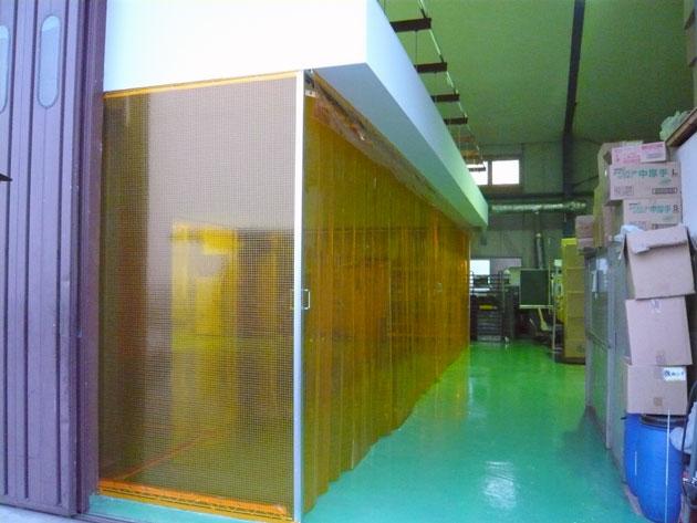 新設天井及びカーテン式検査室