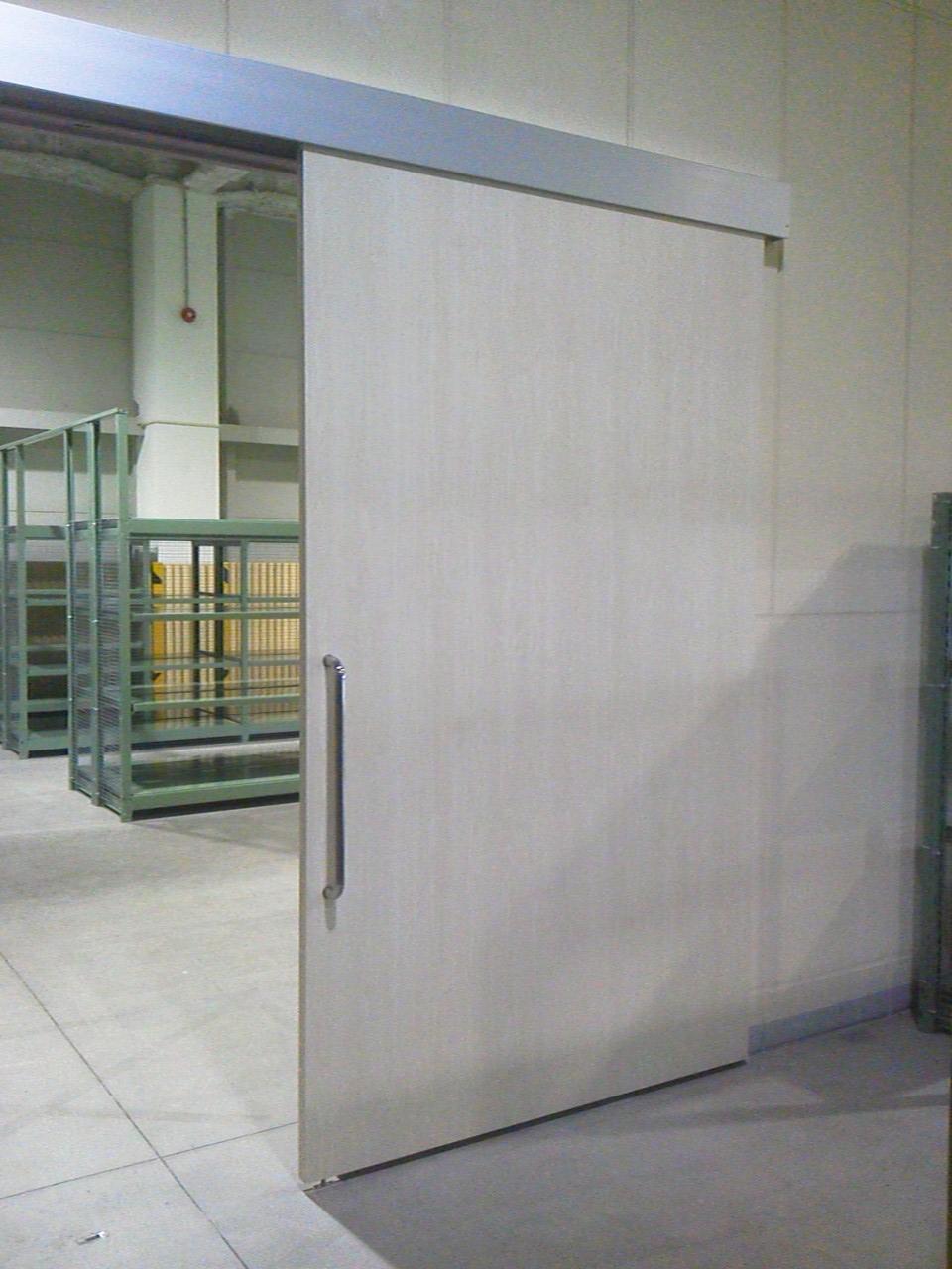 新規引き戸設置工事