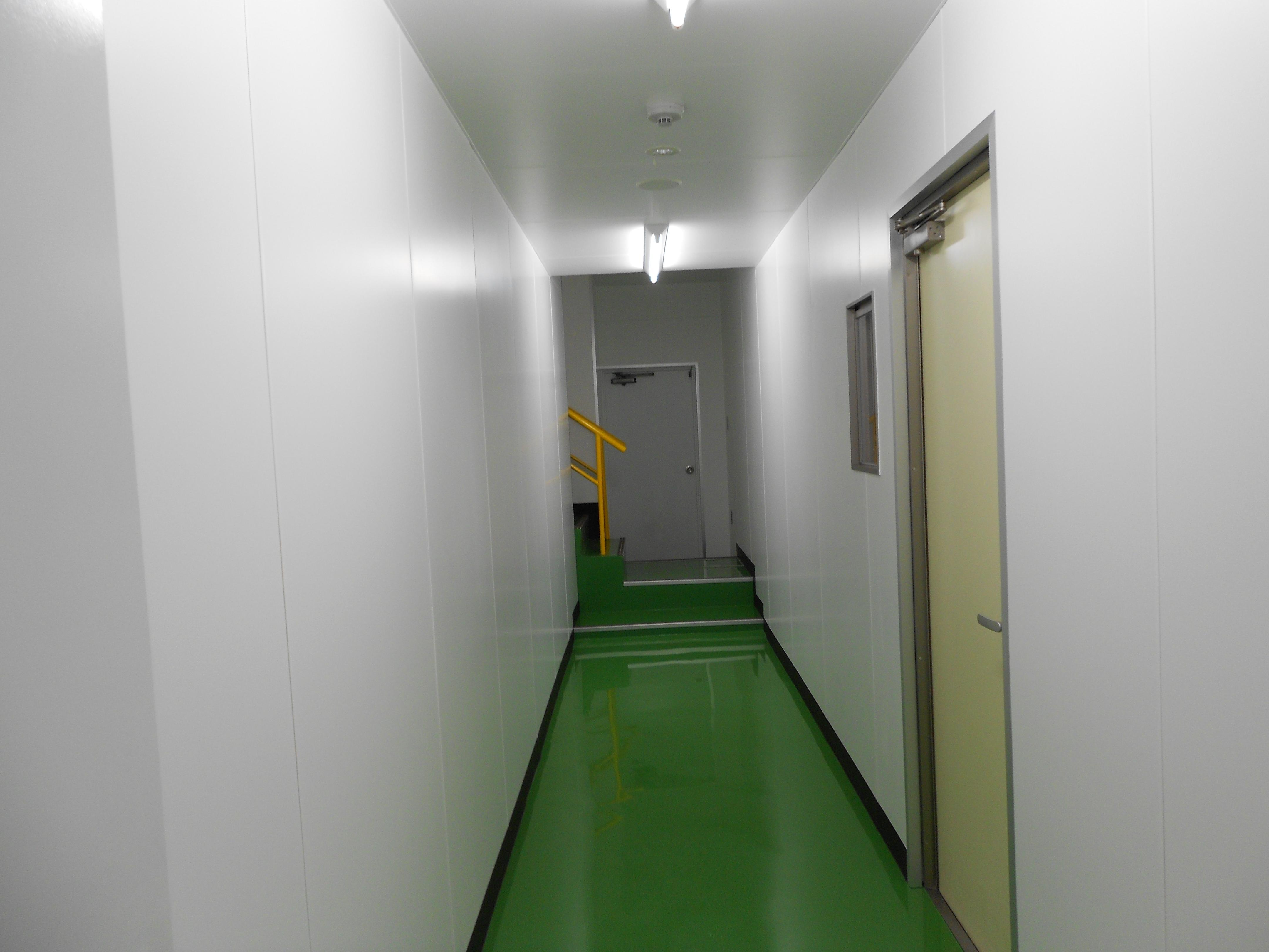 間仕切り壁(軽カル板仕様)