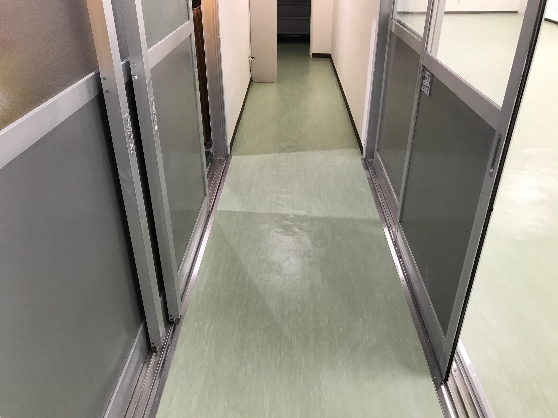 床面仕上げ改修工事